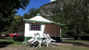 Bungalow - Serre Ponçon Camping New Rabioux Châteauroux les Alpes Serre Ponçon Hautes Alpes